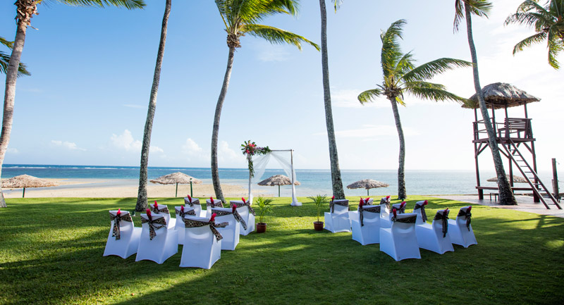 Outrigger fiji beach resort fiji wedding packages 2018 2019 for Au jardin wedding package