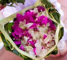 Outrigger Fiji Beach Resort – Aisle Petals