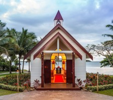sofitel-resort-fiji-wedding-chapel