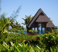 intercontinental-resort-fiji-wedding-package-chapel