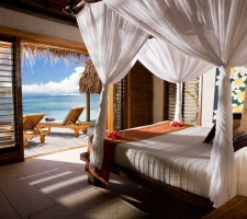tokoriki-island-resort-fiji-pool-villa-bed
