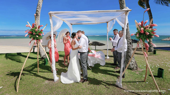 fiji weddings outrigger resort and spa