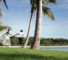 intercontinental-resort-fiji-wedding-package-bride-groom
