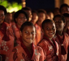 intercontinental-resort-fiji-wedding-package-choir
