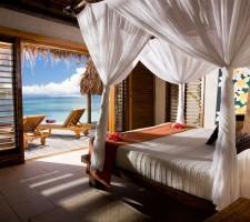 tokoriki-island-resort-fiji-pool-villa-bed